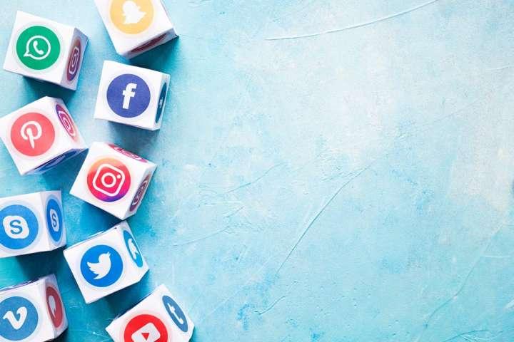 Application of Social Media Forensics to Investigate Social Media Crimes